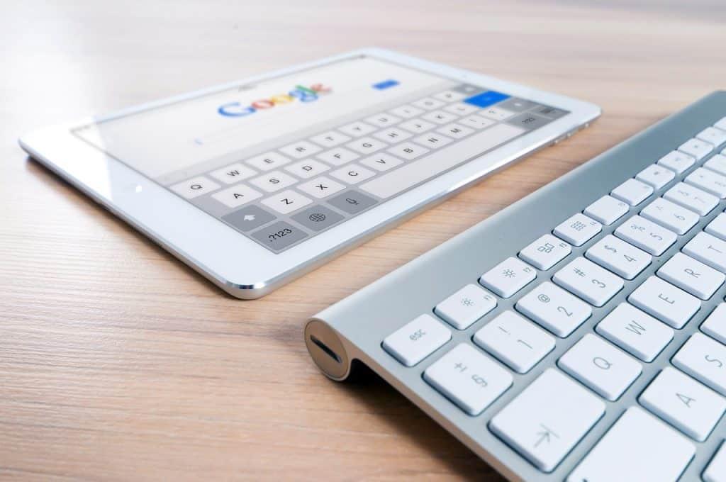 Noi modificări în algoritmul Google! Utilizatorii le vor iubi însă nu și afacerile online